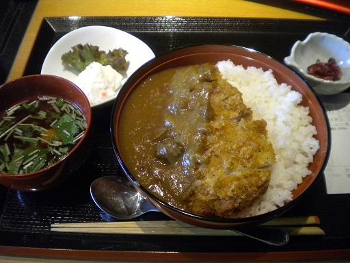 ichigayaakabeko1.JPG