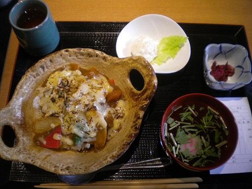 ichigayaakabeko2.JPG